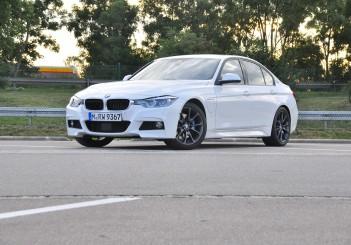 BMW 330e iPerformance - 40