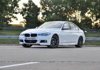 BMW 330e iPerformance - 41