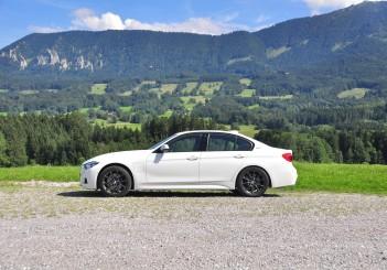 BMW 330e iPerformance - 45