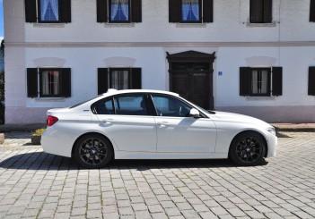 BMW 330e iPerformance - 53