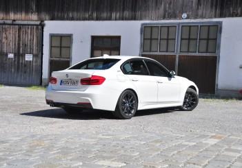 BMW 330e iPerformance - 59