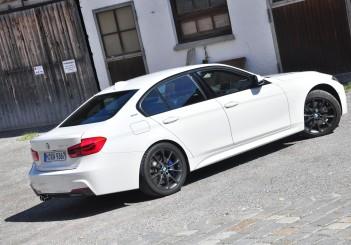 BMW 330e iPerformance - 62