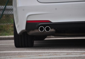 BMW 330e iPerformance - 71