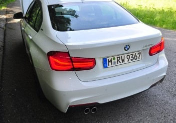 BMW 330e iPerformance - 79