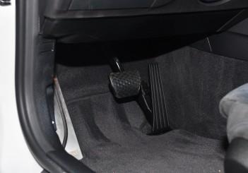 BMW 330e iPerformance - 91