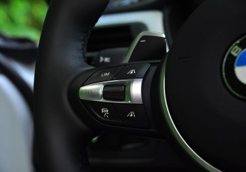 BMW 330e iPerformance - 95