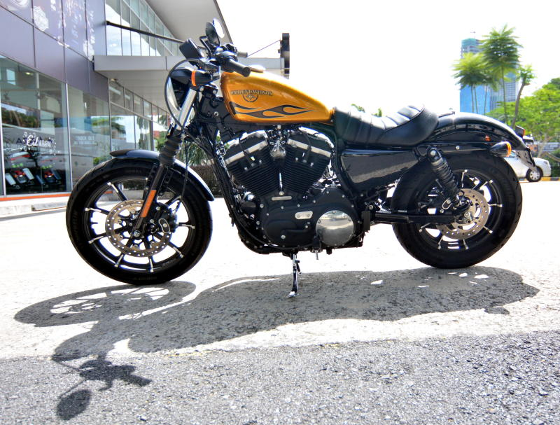 Harley Sportster Iron  Review