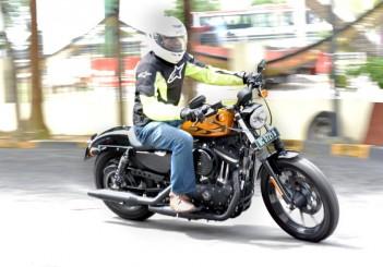 Harley-Davidson Iron 883 - 06