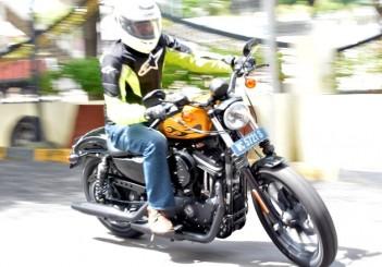 Harley-Davidson Iron 883 - 07
