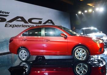 Proton Saga Premium CVT - 05