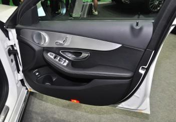 Mercedes Benz C 350e - 29