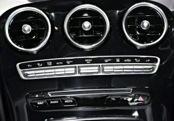 Mercedes Benz C 350e - 40