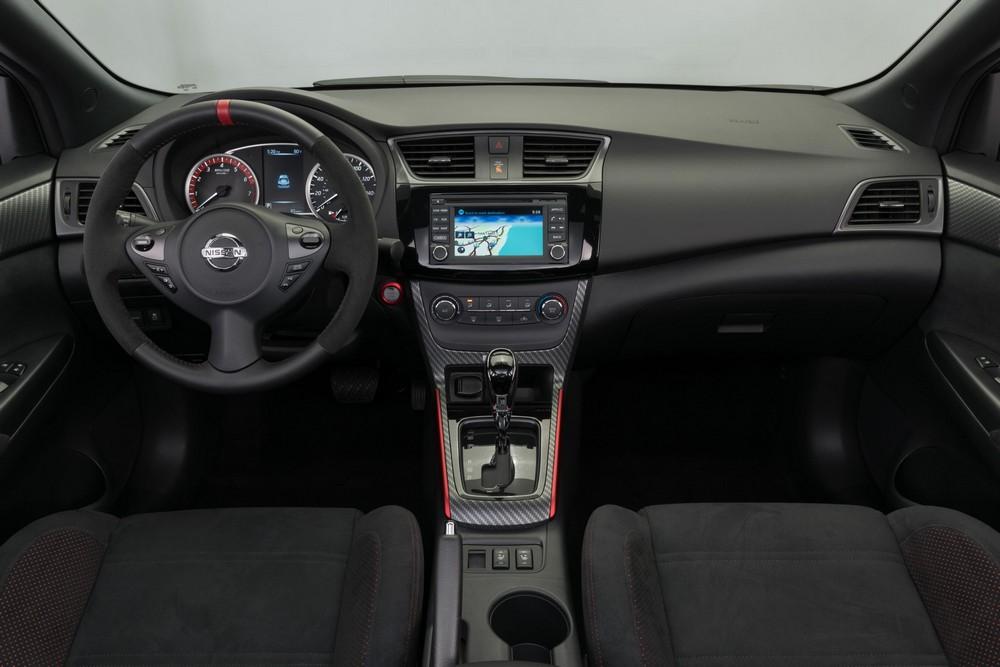 2017_Nissan_Sentra_NISMO_47