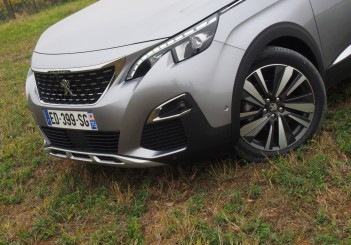 The 1.2L petrol variant with manual transmission