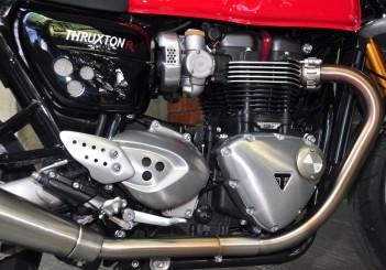 Triumph Thruxton R (1)