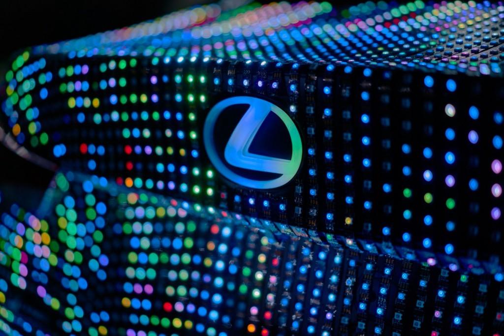 Lexus LIT IS - 04
