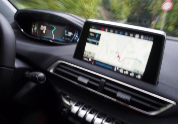 first drive of peugeot 3008 suv in italy carsifu rh carsifu my peugeot 3d connected navigation manual peugeot 508 navigation manual