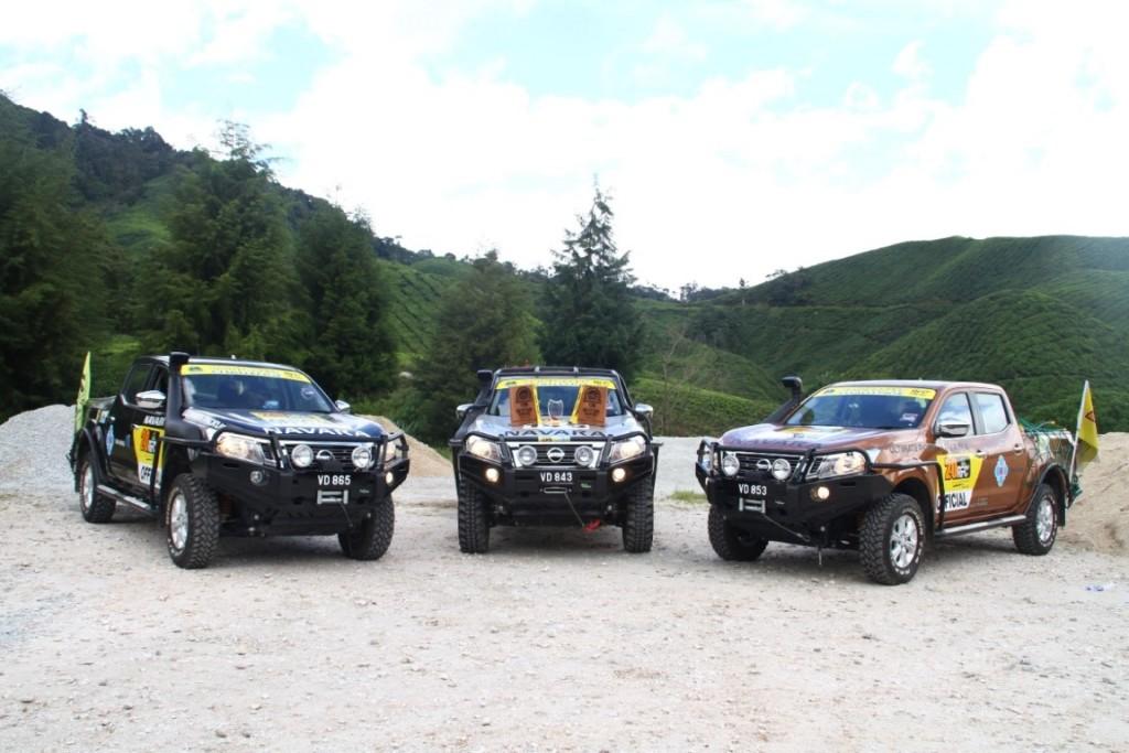 04 RFC contesting vehicle (1 unit) & official support vehicles (2 units)... (Medium)