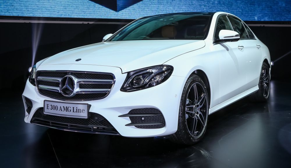 Mercedes benz offers top e 300 amg line for rm459k carsifu for Mercedes benz e class offers