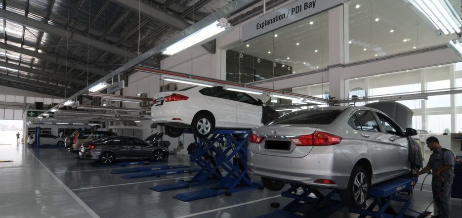 09 Well Equipped Service Bays At Ban Chu Bee Honda 4S Centre