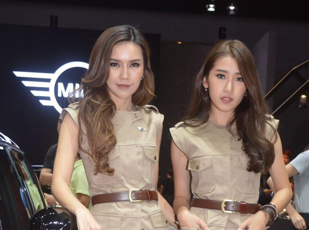 where to get girls in bangkok