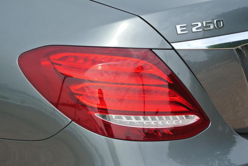 Mercedes-Benz E 250 Avantgarde - 13