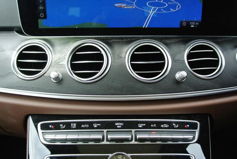 Mercedes-Benz E 250 Avantgarde - 31