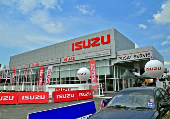 Isuzu Flagship after-sales facility - 01