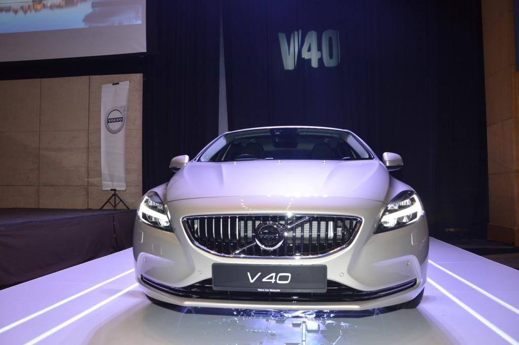 Carsifu 2017 Volvo V40 T5 Inscription (4)