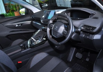Peugeot 3008 ACTIVE THP - 47