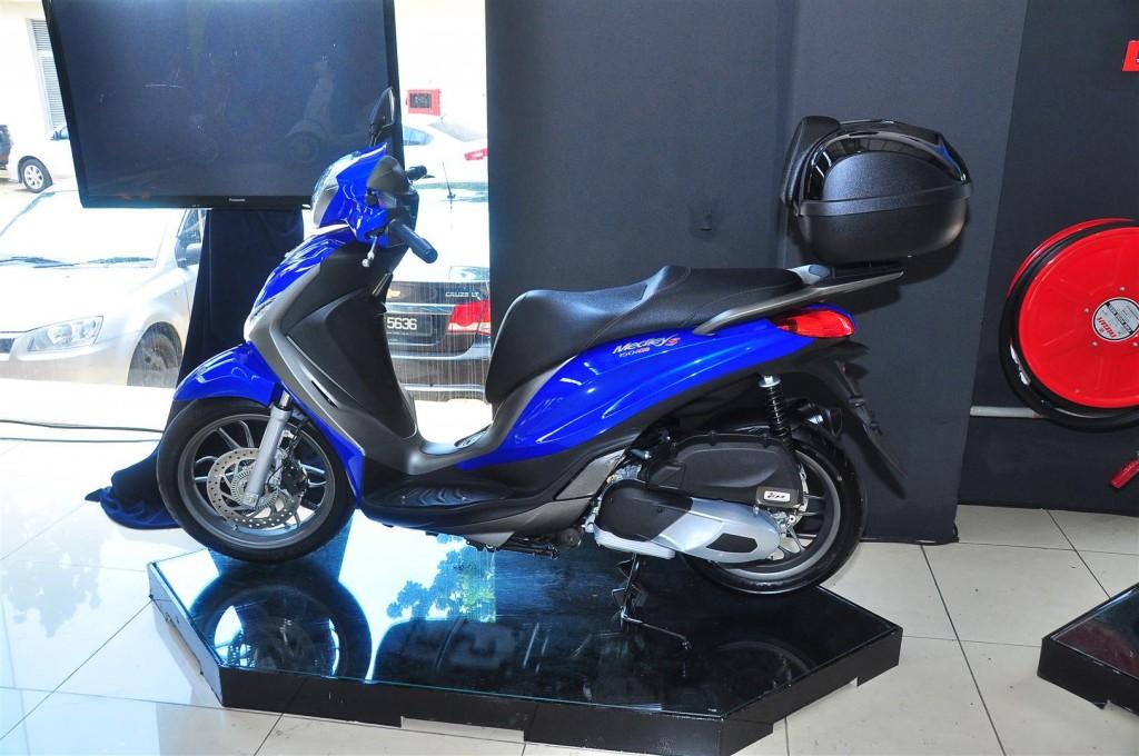 Piaggio Medley 150 ABS - 21