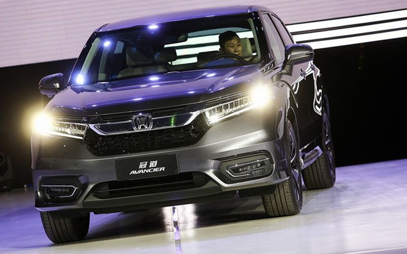 BEIJING Honda Motor Co Is Outselling Its Bigger Deeper Pocketed Rival Toyota Corp In China This Year Data From The Japanese Companies Shows
