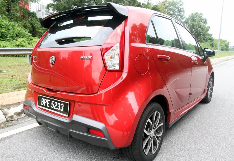 Carsifu 2017 Proton Iriz refined (Premium) (23)