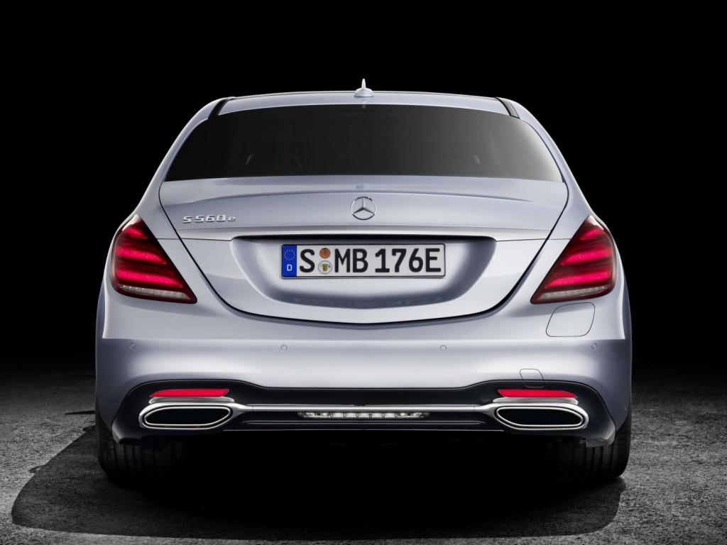 Mercedes-Benz S 560 e - 23