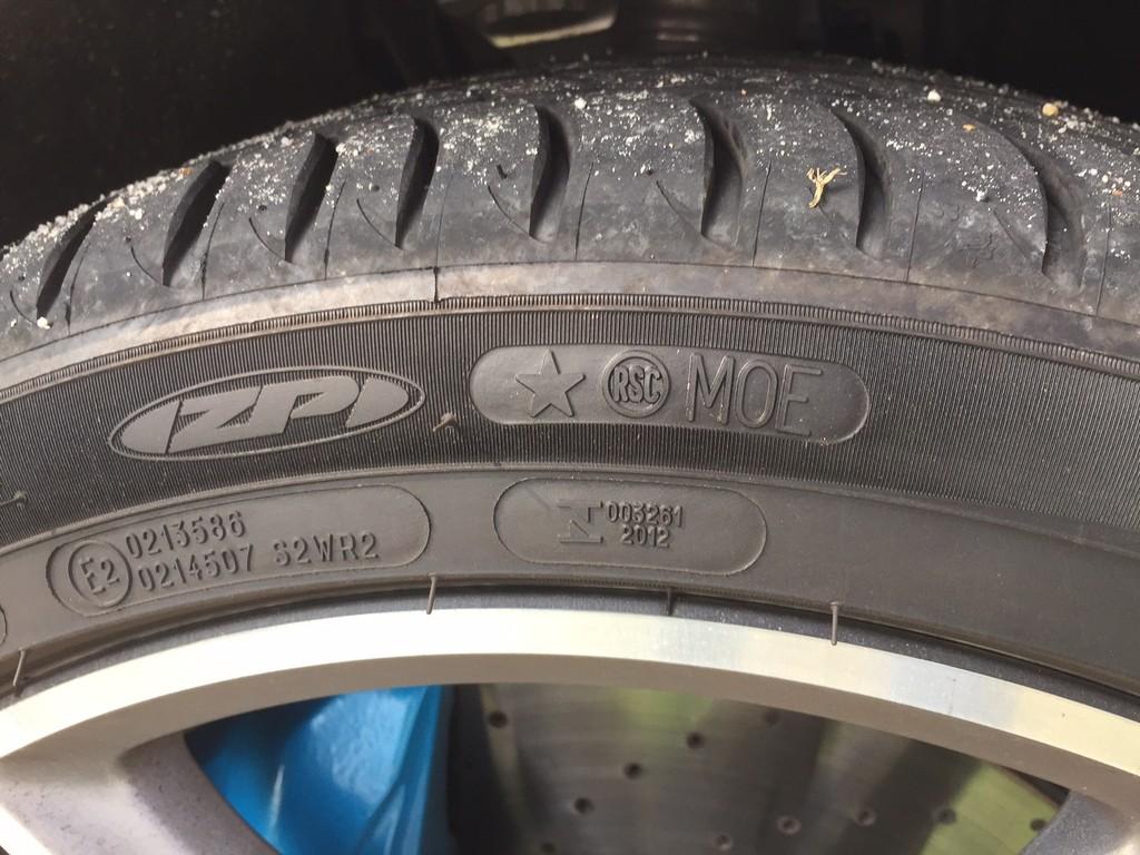 Mercedes_E350e PHEV (22)