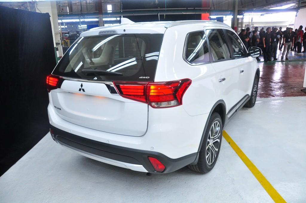 Mitsubishi Outlander 2.0 (CKD) - 15