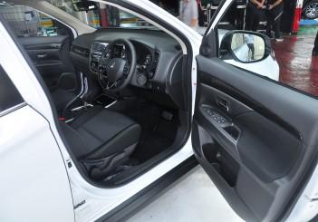 Mitsubishi Outlander 2.0 (CKD) - 24