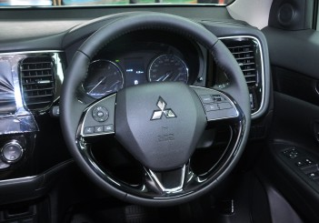 Mitsubishi Outlander 2.0 (CKD) - 36