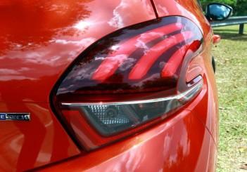 Peugeot 208 Puretech Carsifu (5)