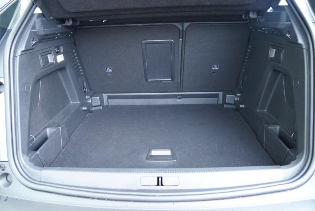 Peugeot 3008 - 09