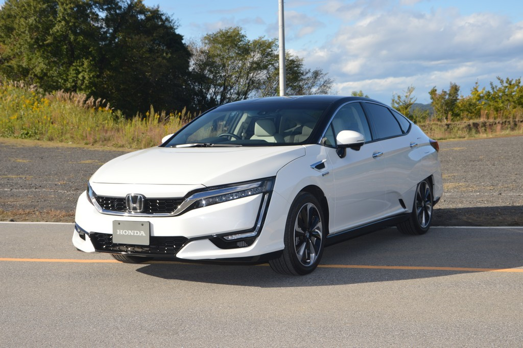 2017 Honda Clarity Fuel Cell Carsifu (10)