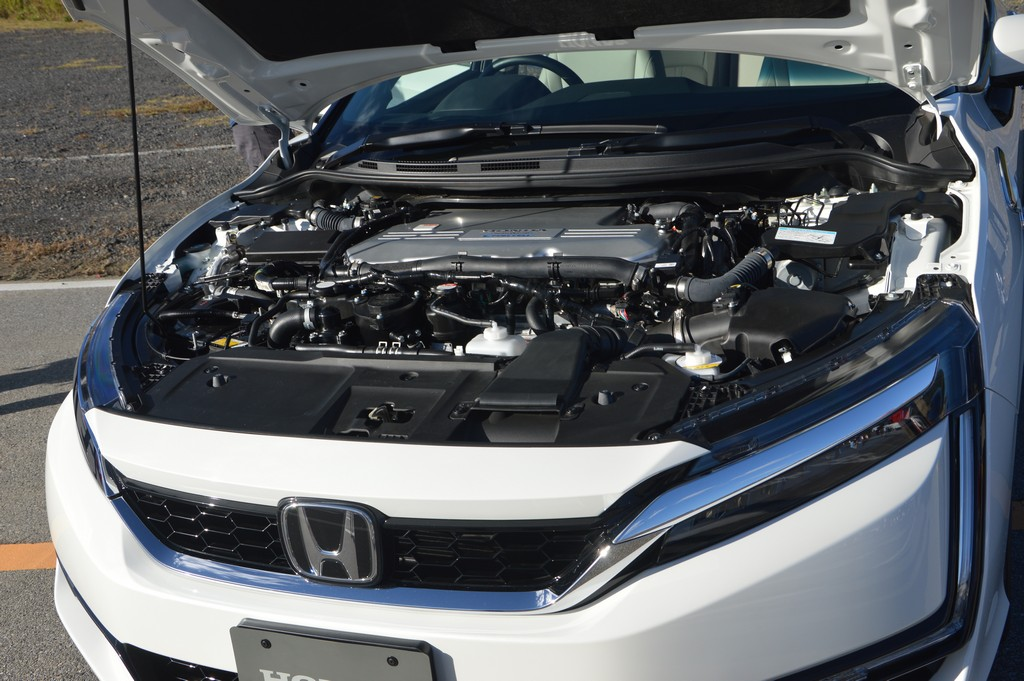 2017 Honda Clarity Fuel Cell Carsifu (19)