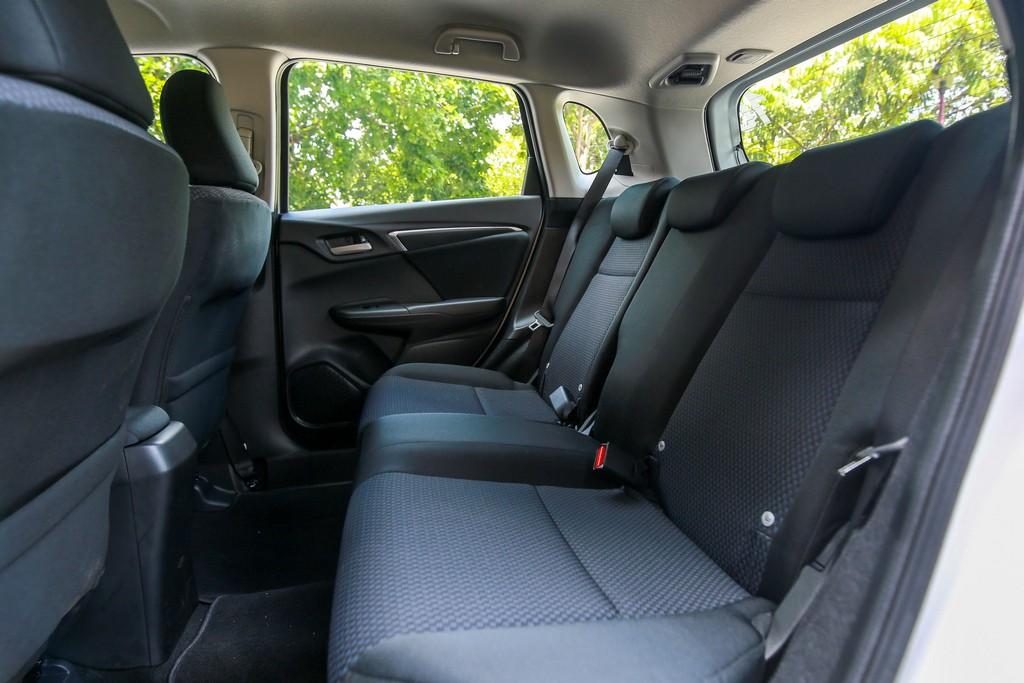 2017 Honda Jazz hybrid (29)