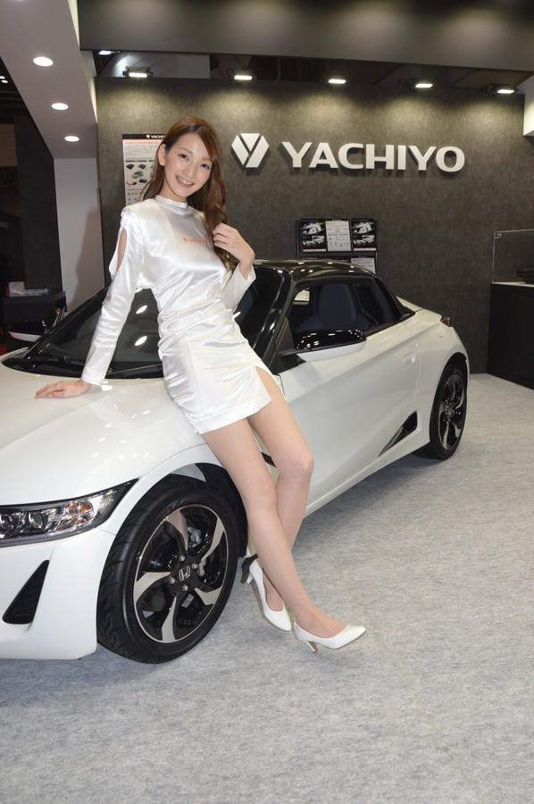 image Tokyo motor show models spycam part 2