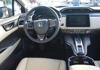 2018 Honda Clarity PHEV Carsifu (10)