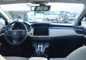 2018 Honda Clarity PHEV Carsifu (9)