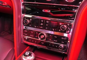 Bentley Mulsanne Speed - 32