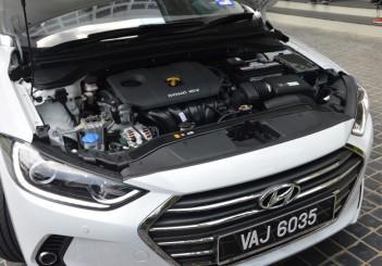 Carsifu 2017 Hyundai Elantra 2-litre MPI Executive (1)
