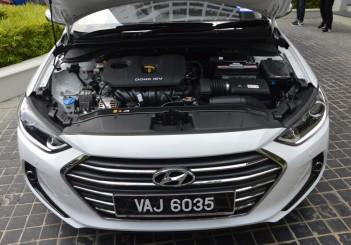 Carsifu 2017 Hyundai Elantra 2-litre MPI Executive (22)