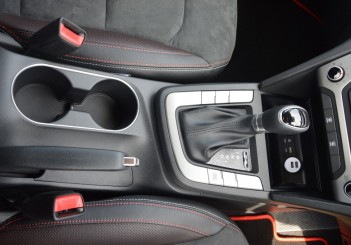 Carsifu 2017 Hyundai Elantra 2-litre MPI Executive (5)